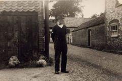 Black Street c1940 Edward Symonds