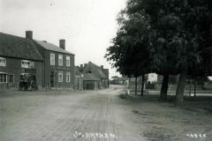 Kings-Arms-pond-c1910