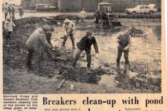 Back-Lane-pond-cleaning-by-Kings-Queens-Breakers-Club-1970