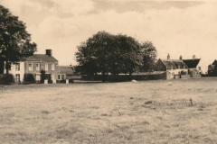 1930s Village-Green.