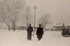 1947 Village-in-snow