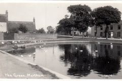 1913-14 Chapmans-pond-with-new-concrete-surround